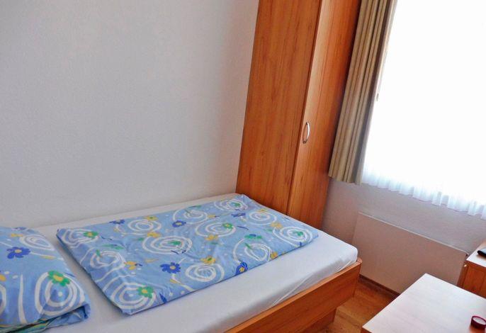 Zimmer 25a