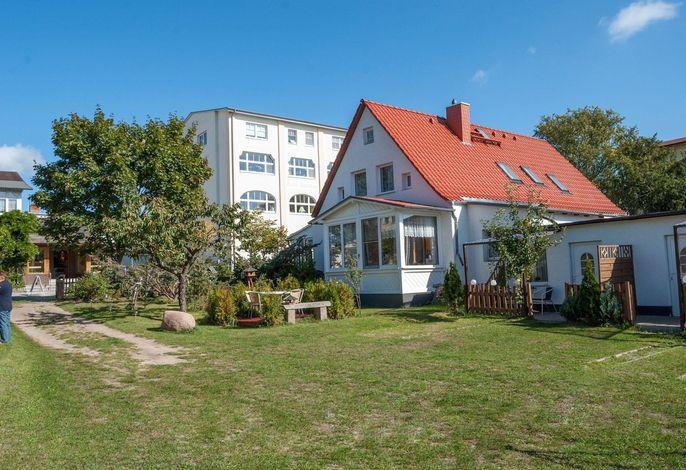 Alte Strandvogtei Sellin, Garten-Bungalow 1, direkt im Herzen vom Ostseebad Sellin
