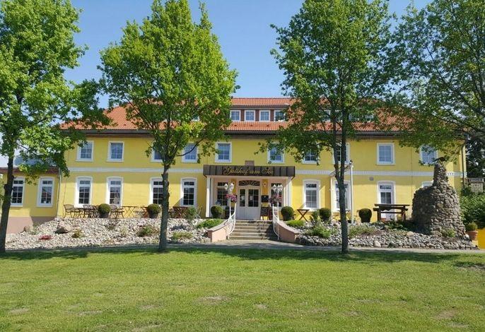 Gutshof-Penthouse-Wohnung- Seeblick
