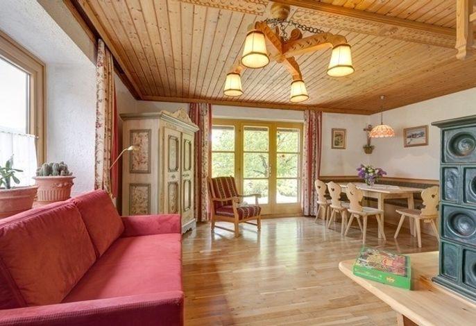 Ferienhaus Mandl bei Zell am See Pool Sauna Garten