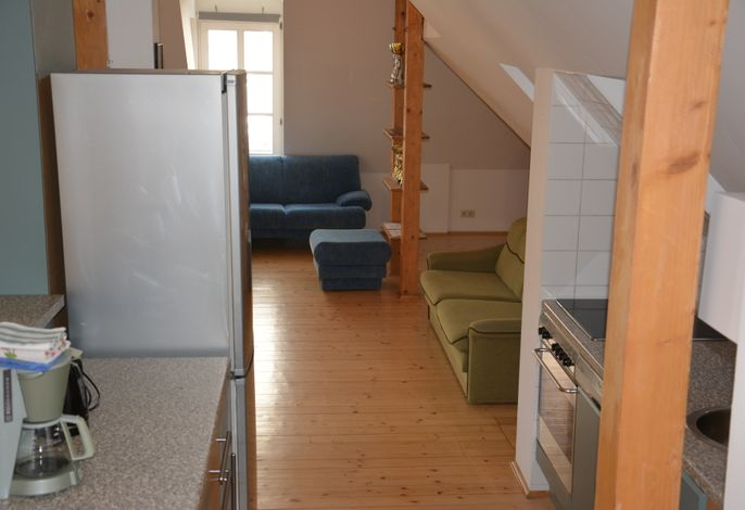 Dachgeschossapartment für 9 Personen