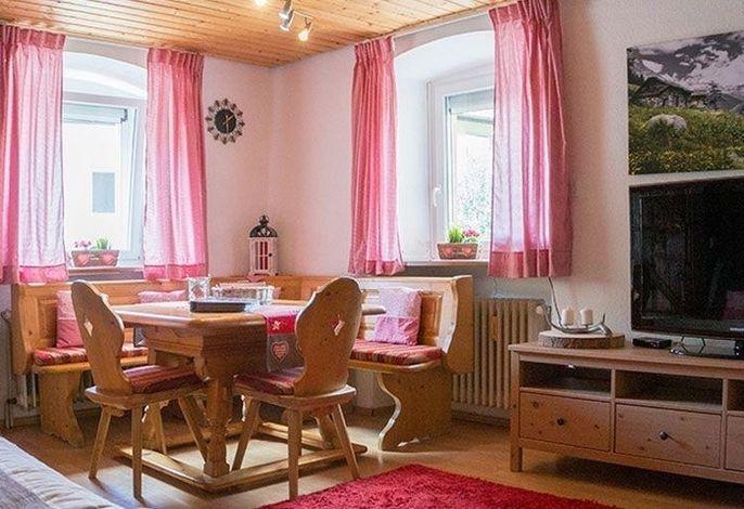 Gemütliche 2-ZimmerFerienwohnung im Schwarzwaldstil, stadtnah