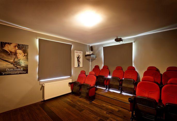 Westerwald Ferien Villa - 21 Personen - Kino, Bar, Sauna und Whirlpool