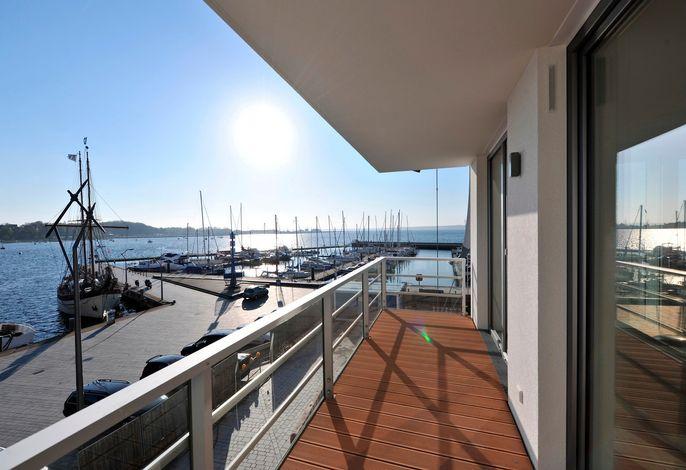 Apartmenthaus Hafenspitze  Ap. 21, Blickrichtung Binnenhafen Nord/Offenes Meer
