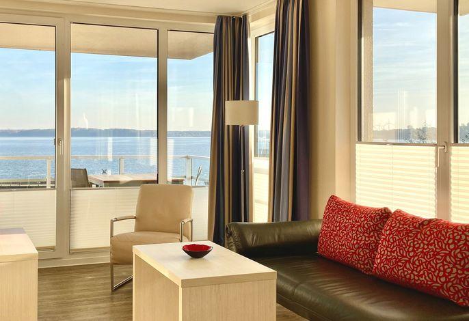 Apartmenthaus Hafenspitze Ap. 25, Pier 25, Blickrichtung offene See/Strand