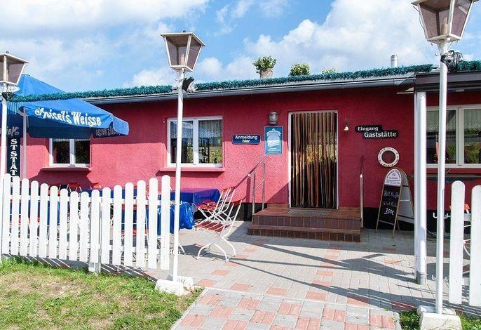 Doppelzimmer mit Gemeinschaftsbad für 2 Personen für die Störtebeker Festspiele