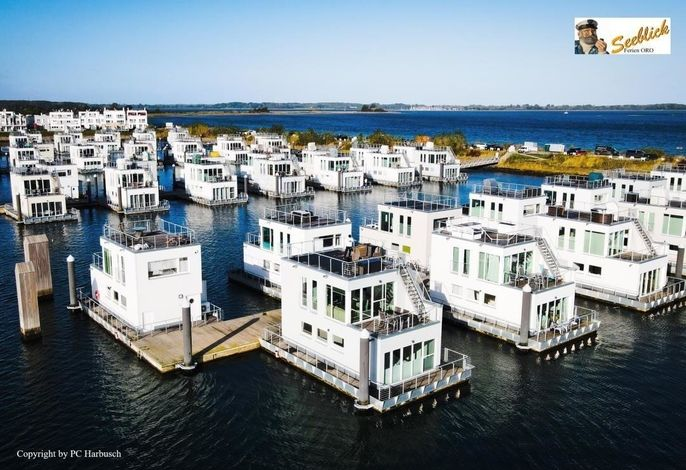 Schwimmendes Haus / Hausboot ANTARES ONE by Seeblick Ferien ORO