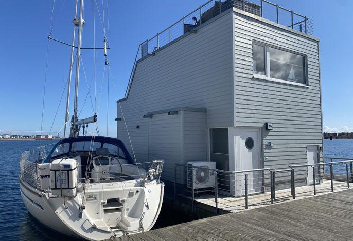 Schwimmendes Haus/ Hausboot ANTARES ONE