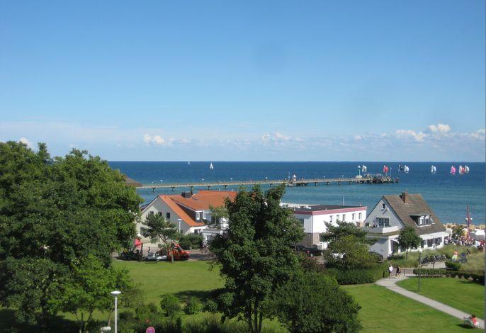Kaiserhof App. 547 - mit großem Seeblickbalkon und Strandkorb am Strand
