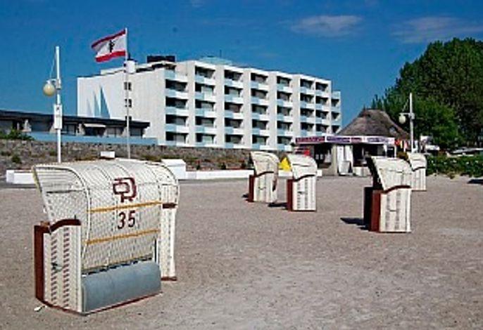 Ferienwohnung Heinik im  Strandhotel Nr. 22