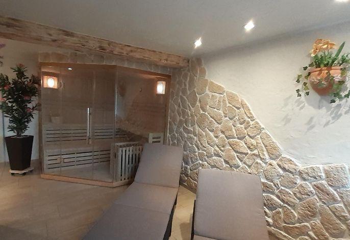Finnische Sauna mit Relax-Zone