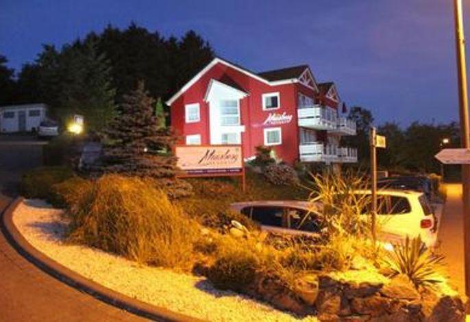 Maarberg Resort, stilvolle Ferienwohnungen mit Seeblick