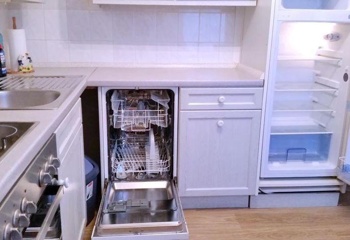Geschirrspüler und Kühl-Gefrierkombi
