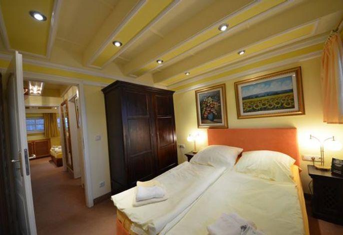 17 D Sanddorn Schlafzimmer im OG