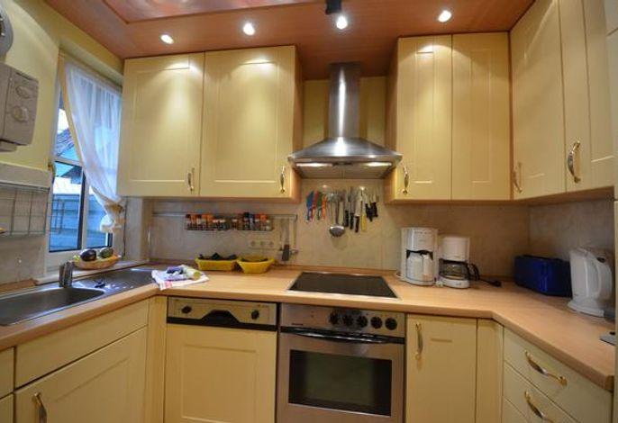 17d Strandflieder Küche mit Geschirrspüler