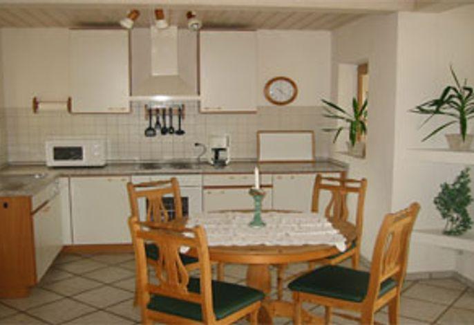 Eßplatz mit Küche