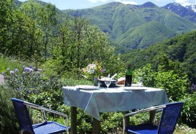 Gartensitzplatz direkt bei der Küche