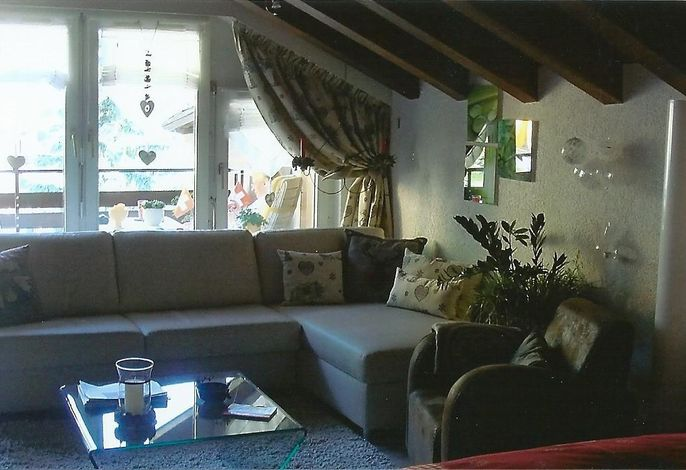 Eck-Sofa und Fauteuil