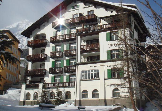 Haus im Winter - Wohnung im 1. Stock