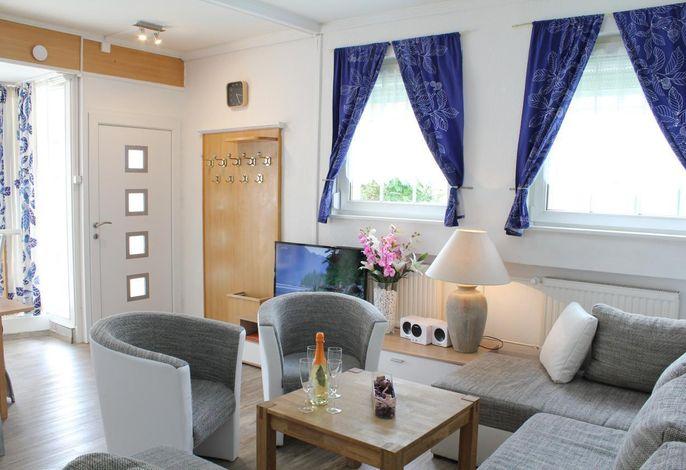 Wohnraum mit HD TV, Wlan in  der Wohnung