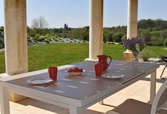 Mittagessen auf der Terrasse