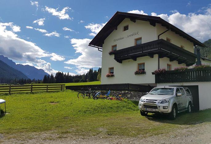 Schönes Ferienhaus in schöner, ruhiger und sonnigen Lage im Garten der Dolomiten
