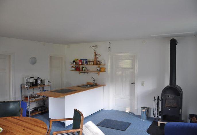Mühlenhof - Wohnraum kleine Wohneinheit mit Küche und Kaminofen