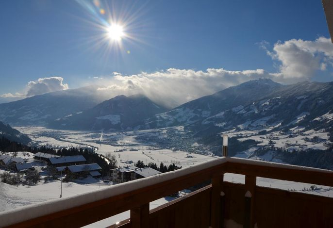 Aussicht ins Zillertal/Fügen###br###Winterlandschaft