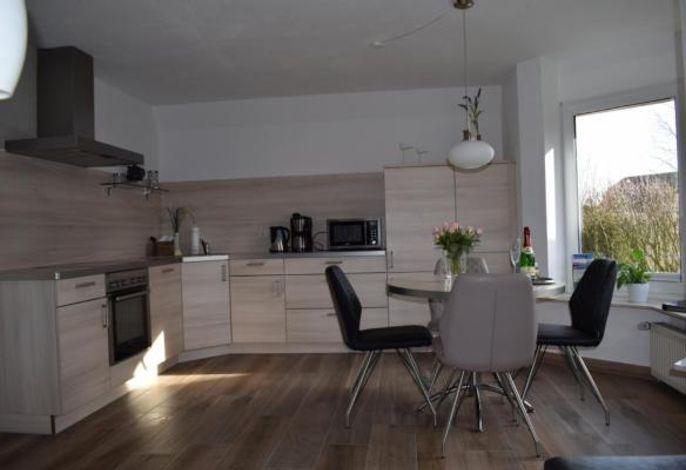 Komfort Küche mit Eßplatz