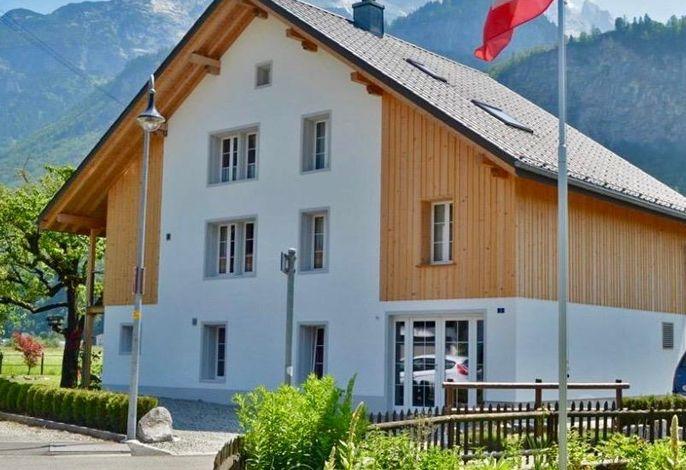 Haus mit drei Ferienwohungen
