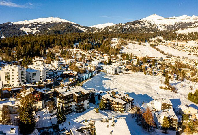 Ansicht Haus mit Skigebiet