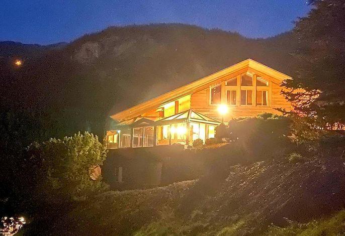 Die Ferienwohnung Aareschlucht befindet sich im unteren Teil der Wohnung mit grandioser Aussicht