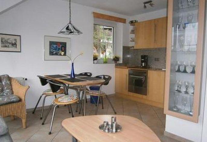 Essplatz + offene Küche