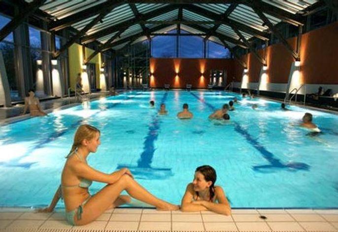AQACUR Schwimmerbecken täglich für unsere Gäste 3 Std. inklusive