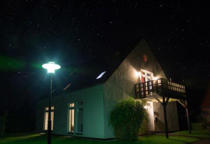 Aussenansicht mit Sternenhimmel