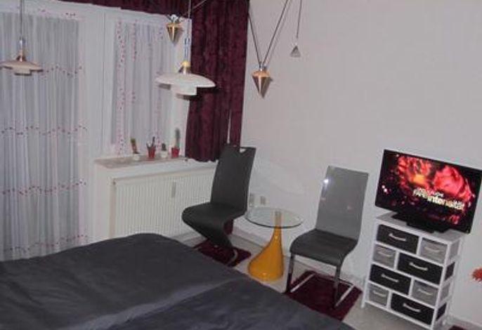 gemütliche Sitzecke & LED TV