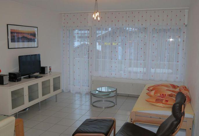 Wohnzimmer mit 2 separaten Einzelbetten