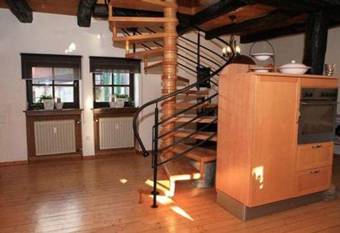 Wendeltreppe in der Wohnküche