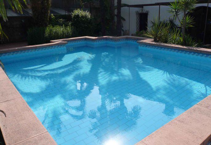 Ferienwohnung with Pool