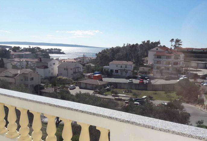 Ferienwohnung mit Terrasse und Ausblick auf das Meer