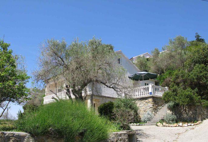 Ferienwohnung mit Terrasse und Klimaanlage