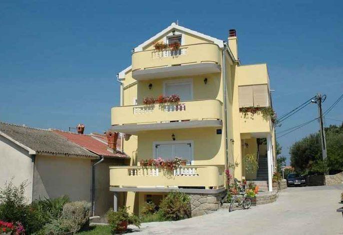 Ferienwohnung mit Meerblick 150 m von der Adria