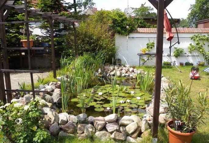Ferienhaus mit Kamin und Grillmöglichkeit im Garten