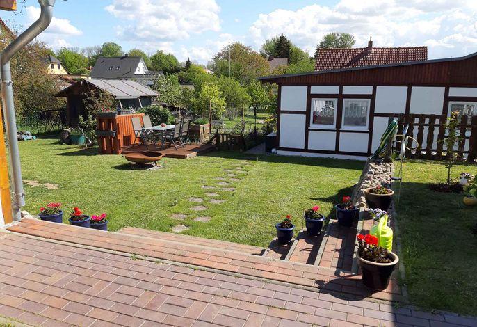 Bungalow mit Gartensitzplatz