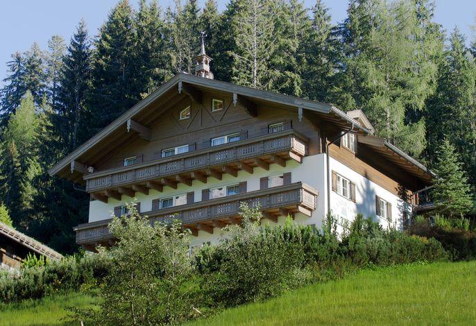 Ferienwohnung mit Pool und Sauna im Haus