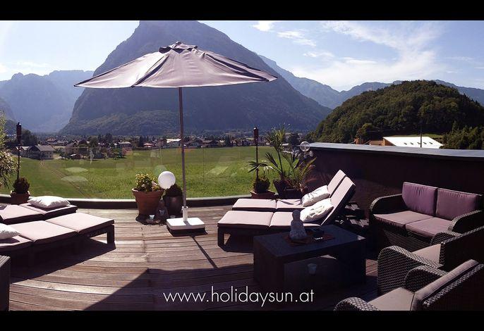 Ferienhaus mit 100 qm Dachterrasse mit Blick auf die Berge