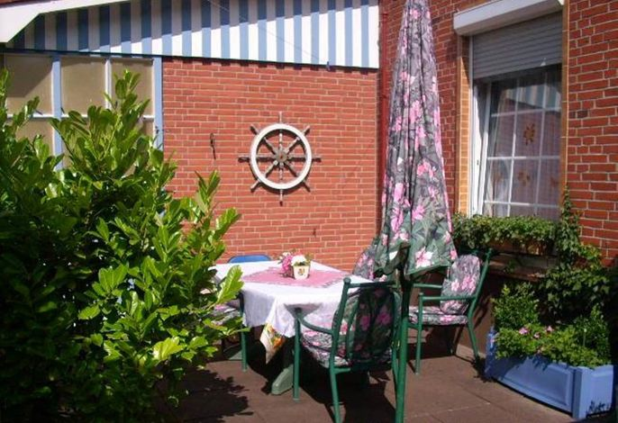 Ferienwohnung mit Waschmaschine /WLan/ Terrasse im Garten mit Grill