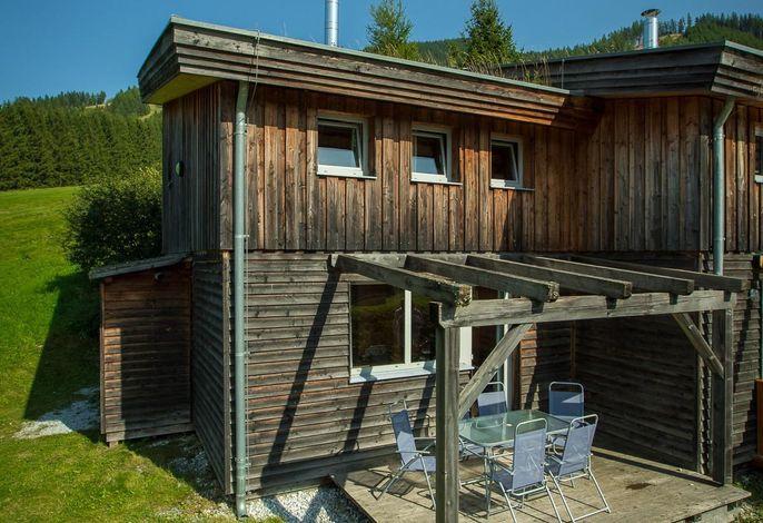 Ferienhaus mit Kinderspielplatz im Feriendorf