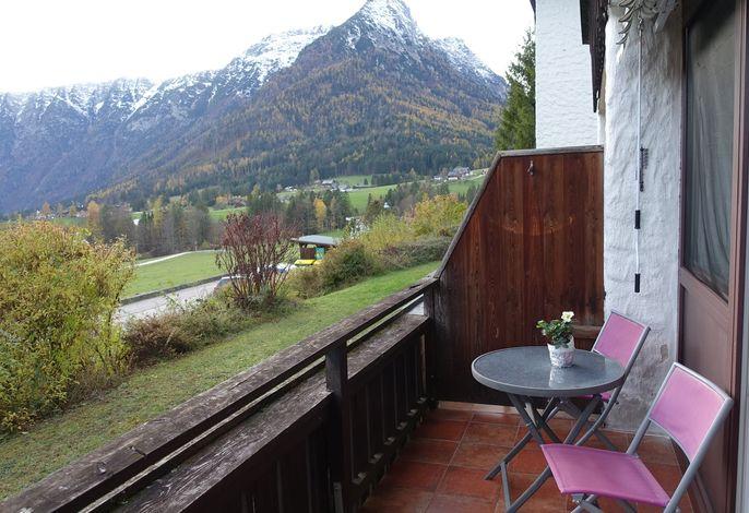 Studio mit Terrasse, Sauna und Ausblick auf den Bergen