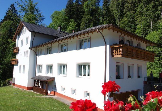 Ferienwohnung mit gemeinsamen Balkon